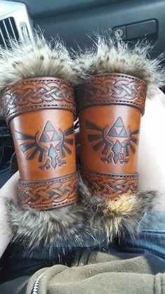 Leather Bracers. Hylian, hyrule crest, celtic. By Keyhole Leather.  https://www.facebook.com/KeyHoleLeather/