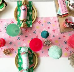 A fun holiday party for the little ones! (via @stylewithinreach's instagram)