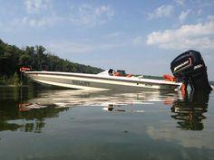Bass Fishing Boats, Fishing Rigs, Flat Bottom Boats, Fishing Photos, Fast Boats, Bowfishing, Jet Ski, Yachts, Boating