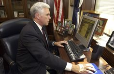 VP Mike Pence used AOL email for state business while governor - http://www.sogotechnews.com/2017/03/03/vp-mike-pence-used-aol-email-for-state-business-while-governor/?utm_source=Pinterest&utm_medium=autoshare&utm_campaign=SOGO+Tech+News