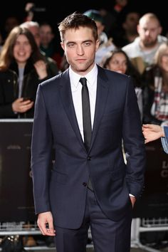 Robert Pattinson Photos - Robert Pattinson arrives at 'The Lost City of Z' UK premiere at the British Museum on February 16, 2017 in London, United Kingdom. - 'The Lost City of Z' - UK Premiere - Arrivals