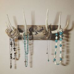 Antlers Hanging Jewelry Holder - Deer Antlers Hanging Jewelry Holder -Deer Antlers Hanging Jewelry Holder - Deer Antlers Hanging Jewelry Holder - Mounted Antler Jewelry Holder 18 Awesome Antler Decorating Ideas {# 6 and Jewellery Storage, Jewelry Organization, Jewellery Display, Necklace Storage, Deer Antler Crafts, Antler Art, Antler Jewelry Holder, Deer Antler Jewelry, Jewelry Holder Wall
