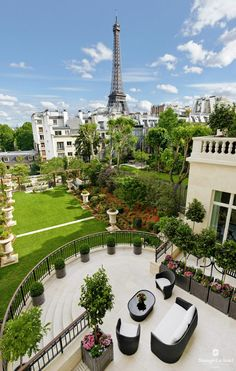Garden wing at the Shangri-La hotel in Paris.