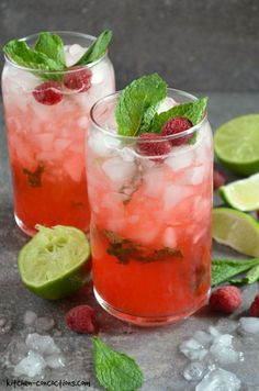 Raspberry Mojito Recipe - This easy mojito recipe, featuring fresh mint, lime juice and raspberries, is the perfect summer cocktail! It can also be made non alcoholic for a refreshing mocktail! #kitchenconcoctions #recipeoftheday #drinks
