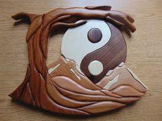 Fait à la main Ying Yang Intarsia pièce
