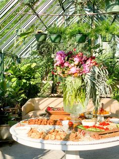 Scenic Garden Lunch Spread at The Shoppe – Table & Thyme