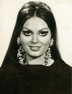 Turkan Soray 1960s Hair, Bollywood, Celebrity Stars, Turkish Beauty, Female Actresses, Famous Faces, Vintage Beauty, Most Beautiful Women, Beauty Women