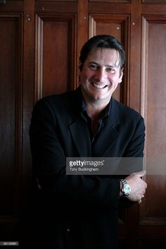 Nachrichtenfoto : Photo of Tony HADLEY; ex lead singer with Spandau.