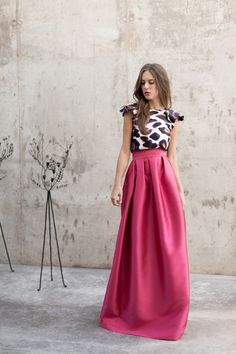 Love this kind of skirt instead of a typical night dress Pretty Outfits, Pretty Dresses, Beautiful Dresses, Skirt Outfits, Dress Skirt, Dress Up, Jw Mode, Evening Dresses, Prom Dresses