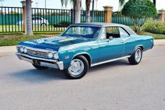 1967 Chevrolet Chevelle SS Convertible 454 I could roll in this all day everyday. Chevrolet Chevelle Ss, 1967 Chevelle Ss, Chevrolet Malibu, Chevy Ss, Chevy Classic, Classic Cars, Chevelle For Sale, Convertible, Chevy Muscle Cars