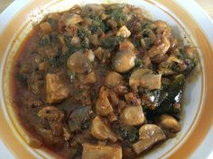 Mushroom and spinach curry