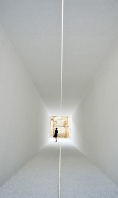Luce Tempo Luogo. Installation by French office DGT Architects. The prove that you really don't need more.