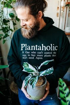 Plantaholic Hoodie Jacket, Funny Gift for Gardener Shirt Label, Plants Quotes, Garden Quotes, Circuit Projects, Garden Gifts, Water Garden, Fabric Painting, Hoodie Jacket, Houseplants