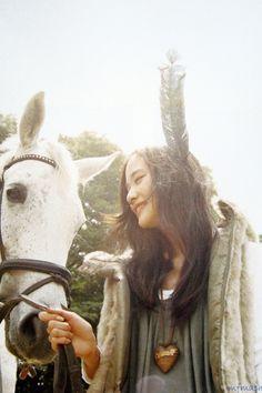 Yu Aoi, Mori Girl, horse