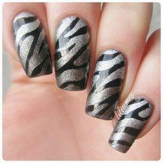 Zebra nails!    #nail #nails #nailart #naildesign #nailpolish #nailstagram #manicure #mani #neglelakk #manikyr #instanails #nagellack #nailspiration #notd #nailsoftheday #cutenails #cutemani #nails2inspire #nailartaddict #nailsofinstagram