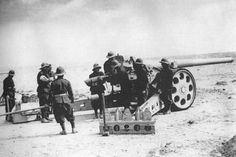 Italian artillery crew ww2 - Google Search