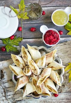 3x3 Food - Bite Size Thanksgiving Appetizers { Thanksgiving Egg Rolls} || Runway Chef #thanksgiving #appetizers