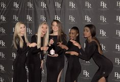 Champagne surprises with our Billionaire Babes