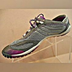 I just discovered this while shopping on Poshmark: MERRELL Barefoot Climbing Shoe. Check it out! Price: $88 Size: 9
