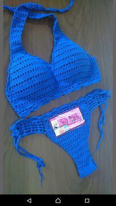 Biquíni de Crochê Forrado e com bojo Personalize nas suas cores!!!! INFORMAR COR E TAMANHO DESEJADO NO CAMPO OBSERVAÇÃO NO PEDIDO OU MENSAGEM AO VENDEDOR A calcinha pode ser de tamanho diferente do top!!! Posso escolher outra cor? Claro!!!! Afinal seu biquíni tem que ficar do jeitinho ... Crochet Bikini Pattern, Crochet Bikini Top, Crochet Shirt, Crochet Lace, Crochet Lingerie, Crochet Bathing Suits, Swimwear Cover Ups, Womens Sleeveless Tops, Crochet Woman