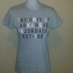 JONES & MITCHELL RAZORBACKS TEE Cute tee!! Razor backs ?? Jones & Mitchell Tops Tees - Short Sleeve
