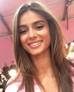 Taylor Hill Backstage Victoria's Secret 2016 Fashion Show in Paris - November 30, 2016