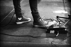#skinnyjeans #converse #bands