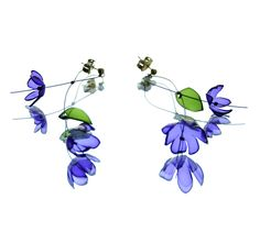 tertium non data: pet flower - jewelry & hairpins from recycled bottles