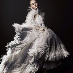 Mademoiselle Lily-Rose - Lily-Rose Fepp by Tom Munro for Vogue Italia March 2017 - Chanel Lily Rose Melody Depp, Rose Lily, Lily Rose Depp Chanel, Mademoiselle Coco Chanel, Feather Fashion, Foto Fashion, Fashion 2017, Evening Gowns, Editorial Fashion