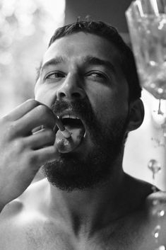 American actor Shia LaBeouf captured by the lens of Craig McDean and styled by Karl Templer, for the November 2014 coverstory of Interview magazine. Candid Quotes, Craig Mcdean, Style Masculin, Templer, Alfred Stieglitz, Film Review, American Actors, Beautiful Men, Amor