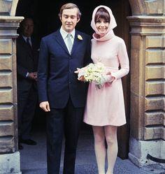 18/01/1969 Audrey Hepburn e Andrea Dotti. Abito disegnato dalla maison Givenchy.
