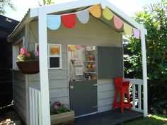 Sweet cubby house, want one so badly for the boys!
