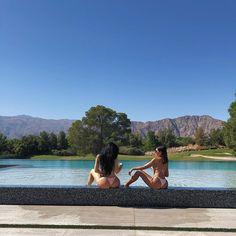 Kylie Jenner Breaks The Internet In Skimpy Bathing Suit At Kim Kardashian's Birthday Pool Getaway Kylie Jenner Body, Mode Kylie Jenner, Kylie Jenner Fotos, Kylie Jenner Beach, Kylie Jenner Bikini, Kris Jenner House, Kylie Jenner Birthday, Estilo Jenner, Ft Tumblr