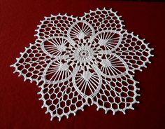 Crochet Doily Patterns, Crochet Designs, Crochet Doilies, Crochet Stitches, Crochet Cushions, Crochet Tablecloth, Round Tablecloth, Crochet Carpet, Pattern Design