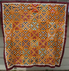 Antique Railroad Crossing by ann_champion Old Quilts, Amish Quilts, Antique Quilts, Scrappy Quilts, Barn Quilts, Vintage Quilts, Yellow Quilts, Colorful Quilts, Plaid Quilt