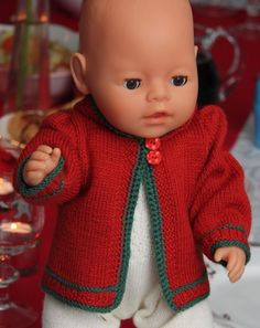 Free Christmas doll knitting pattern