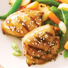 One dish dinners are the BEST. Sweet Chili Chicken Thighs with Steamed Sesame Vegetables is crowd pleaser. This recipe serves 8, so you'll have enough for everyone!