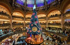 Galeries Lafayette Christmas Tree -  Most amazing Christmas trees in 2013