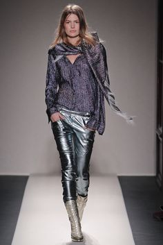 Balmain Fall 2011 Ready-to-Wear - Collection - Gallery - Style.com Modern Fashion, Fashion Show, Christophe Decarnin, Cameron Russell, Balmain Collection, French Fashion Designers, Purple Blouse, Ready To Wear, Vogue