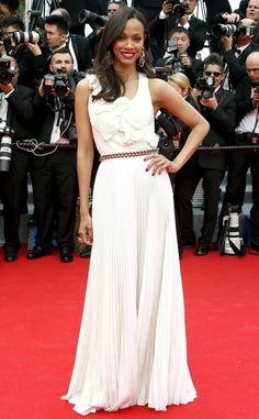 CHICLosophy: Cannes Film Festival 2014: Los Mejores Looks ZOE SALDANA en Victoria Beckham