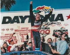 Dale Jarrett Autographed Nascar Daytona 500 Champion Photo, As Shown Daytona 500 Winners, Dale Jarrett, Classic Race Cars, Daytona International Speedway, Fox Sports, Nascar Racing, Going Out, Champion, Hologram