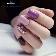 What Christmas manicure to choose for a festive mood - My Nails Fancy Nails, Love Nails, Trendy Nails, My Nails, Perfect Nails, Gorgeous Nails, Gelish Nails, Purple Nails, Black Nails