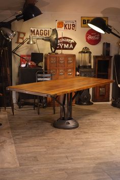 Table industrielle | House: Objects | Pinterest | Industrial, Tables on