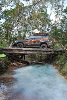 MAXTRAX LC100 on the Vrilya Point track, Cape York.