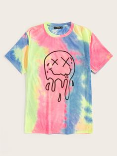 To find out about the Men Tie Dye Round Neck Tee at SHEIN, part of our latest Men T-Shirts & Tanks ready to shop online today! Camisa Tie Dye, Pastel Shirt, Tie Dye Fashion, Tie Dye Outfits, How To Tie Dye, Tie Dye Shirts, Painted Clothes, Tye Dye, Printed Tees