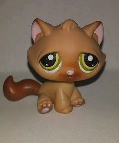 Littlest Pet Shop Tan Cat  Green Yellow Eyes #194 Preowned LPS