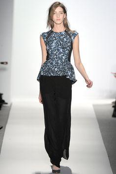 Rebecca Taylor Fall 2012 Ready-to-Wear Fashion Show - Iris Egbers