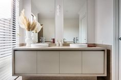 #vanity #doublebasin #ensuite #newhome #displayhome #newlevelhomes #contemporarystyled #neutralcolours #perfecthome