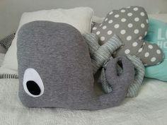 Fajna poduszka  dla dziecka. Po co kupować jeśli można własnoręcznie uszyć coś naprawdę super