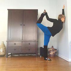 Day 14 #practicepracticepractice ... In my practice I've been using the wall a ton to open more and to really get into the poses without fighting with balance.  @beachyogagirl @kinoyoga Charity focus @twloha  #yoga #yogamom #januaryyoga #januaryyogachallenge #winteryoga #igyogafam #igyoga #igyogacommunity #newyearnewyoga #practiceeverydayin2016 #natarajasana #dancerpose